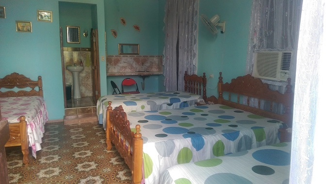 Santa Clara Cuba Bed and breakfast Hostal Vista Park